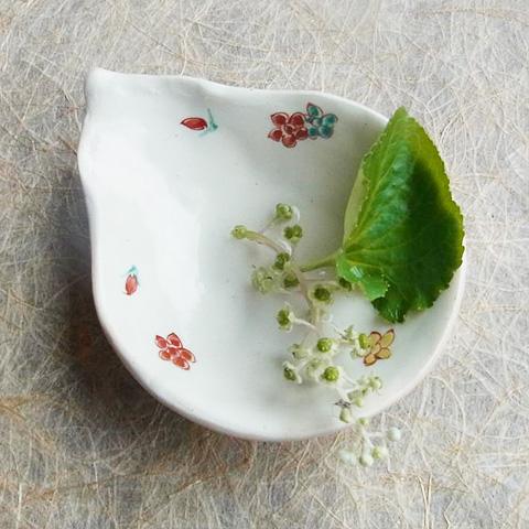 粉引ひょうたん豆皿 小花ちらし