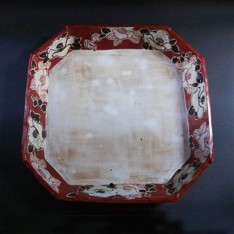 粉引八角大皿椿紋