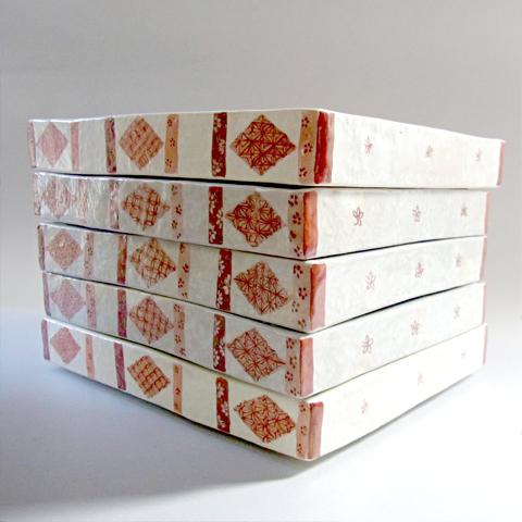 粉引長方箱皿 赤小紋