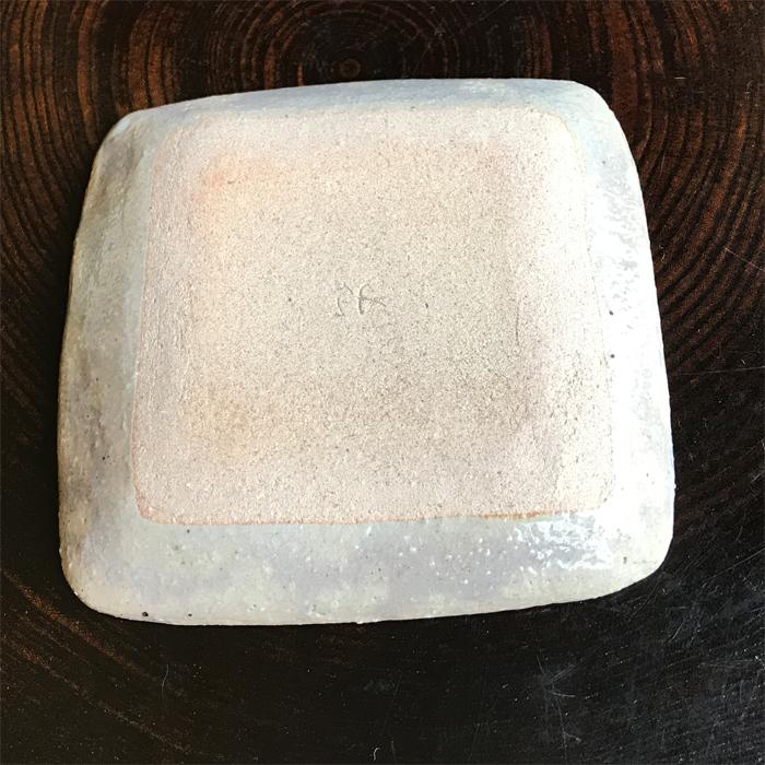 土灰釉雲錦正角小皿