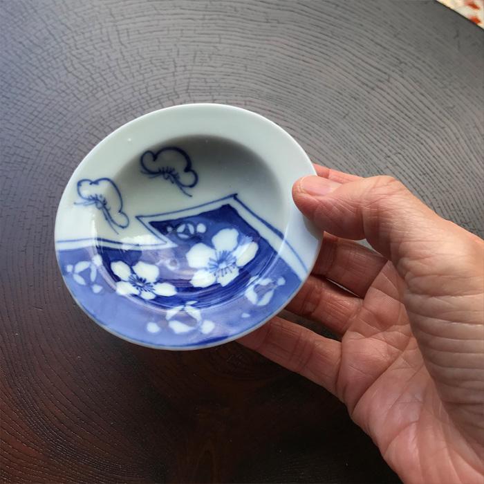 こぼれ梅紋小皿(大正時代)